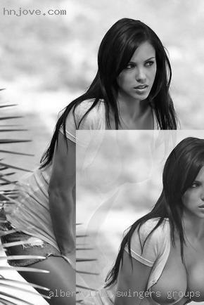 Amanda stretton naked